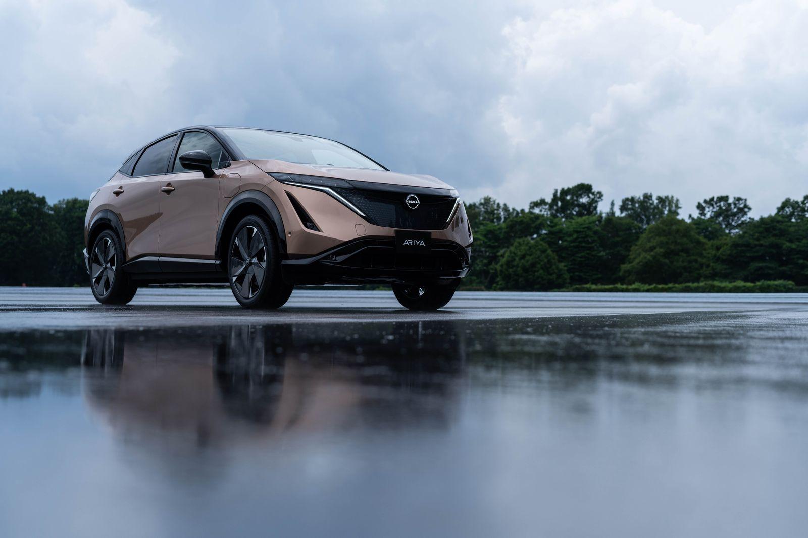 Nissan Ariya front quarter_3-source