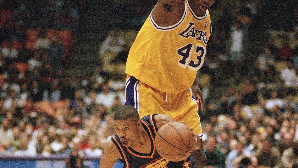NBA-Profi Bogues (1997 gegen die LA Lakers): Schnelligkeit, Stärke, Zug zum Korb
