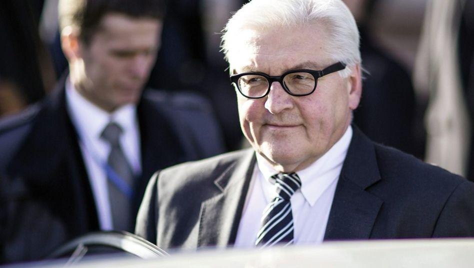 Politiker Steinmeier: »Manche spielen mit gezinkten Karten«