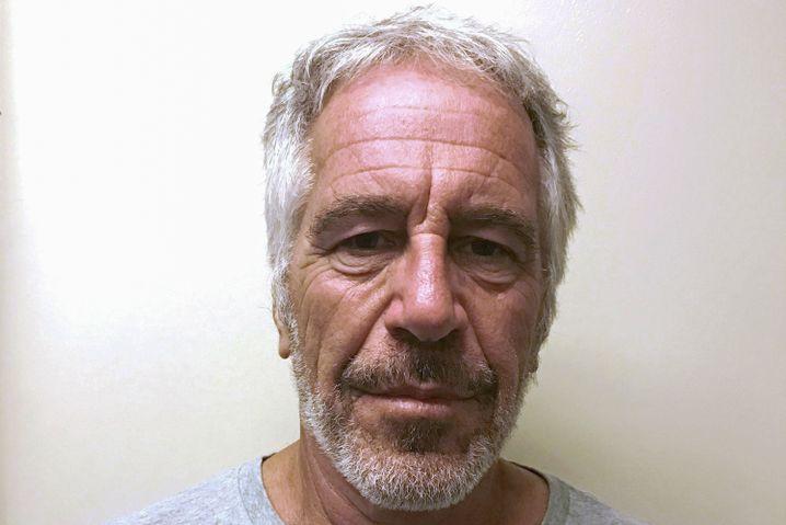 Im Tod noch mysteriöser als im Leben: Haftfoto des Ex-Finanziers Jeffrey Epstein