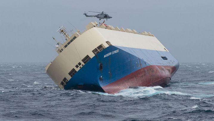 """Havarierte """"Modern Express"""": Frachter droht auf Grund zu laufen"""