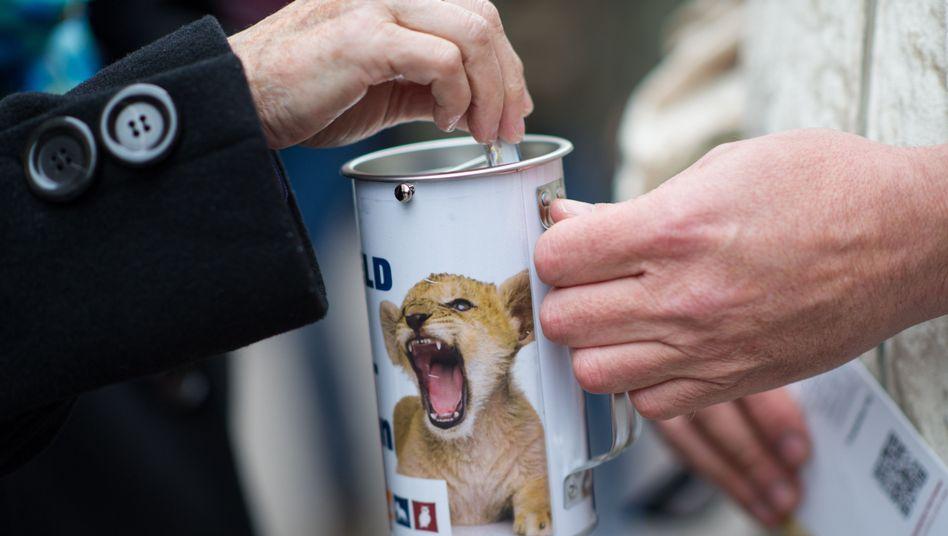 """Spendensammlung in Heidelberg: """"Es geht nicht um Misstrauen"""""""
