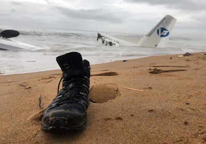 Das Wrack des Flugzeugs