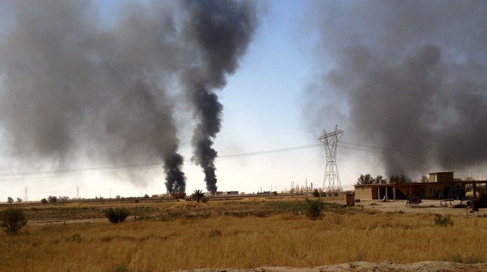 """Brennende Ölraffinerie im Irak: """"Wir wollen das alles ausschalten"""""""
