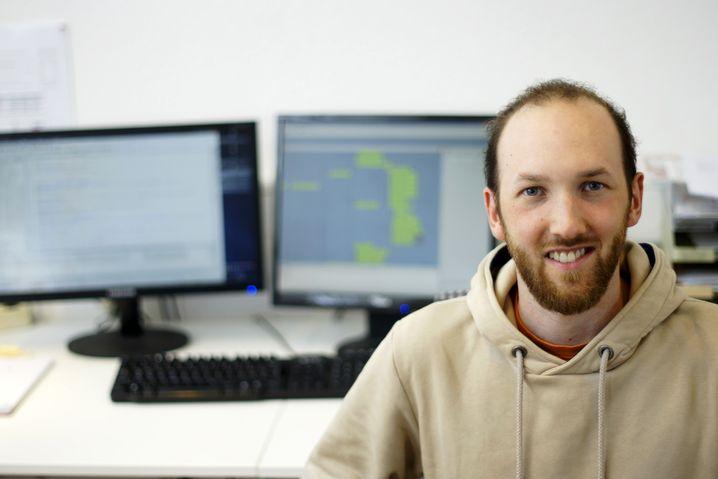 Tobias Fischer , 25, arbeitet als XML- und E-Book-Entwickler bei einem Unternehmen für Publikationstechnologien