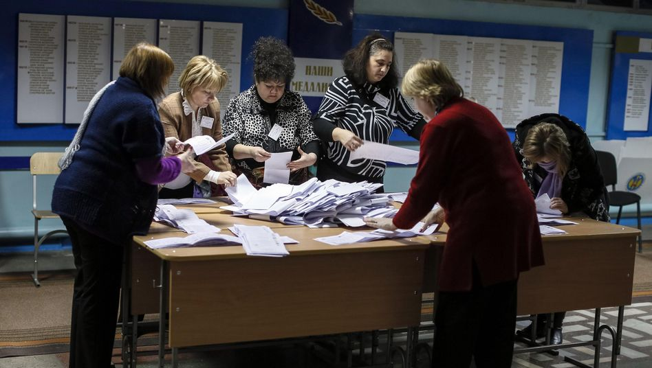 Stimmenauszählung in Chisinau: Richtungswahl in Moldau