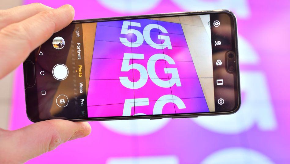 5G ohne Huawei wird teurer. Wie viel teurer, hat Vodafone nun erstmals beziffert