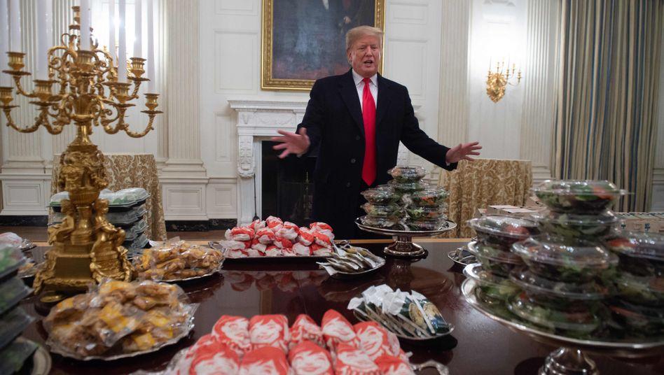 """Ex-Leibarzt von Trump: """"Wir haben ihm Blumenkohl ins Kartoffelpüree gemischt"""""""