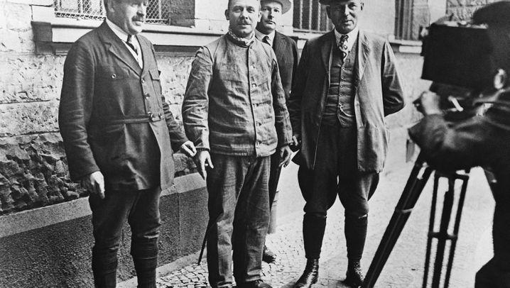 """Der """"Vampir von Hannover"""": Polizeispitzel mit Altkleiderhandel"""