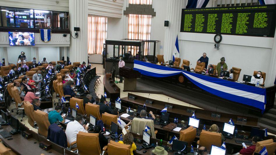 Das Parlament in Nicaragua beschließt das umstrittene Gesetz