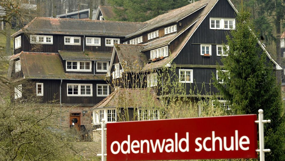 Odenwaldschule: Die Nachricht von Beckers Tod platzte in die Jubiläumsrede