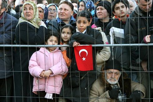 Turkish Germans waiting to see Prime Minister Erdogan in Ludwigshafen on Thursday.