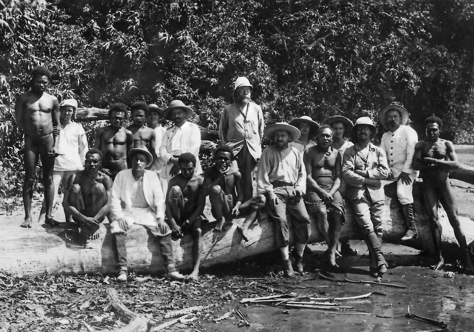 Robert Koch mit Rudolph von Benningsen in Deutsch-Neuguinea, 1900