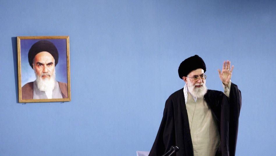 """Ajatollah Khamenei (Archivbild): """"Wir können nicht erwarten, dass die Zionisten sich diesem Vorschlag einfach unterwerfen"""""""