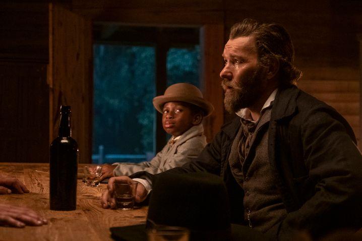 Der Sklavenjäger Ridgeway (Joel Edgerton) ist Cora auf den Fersen – eine Figur wie Ahab aus »Moby Dick«