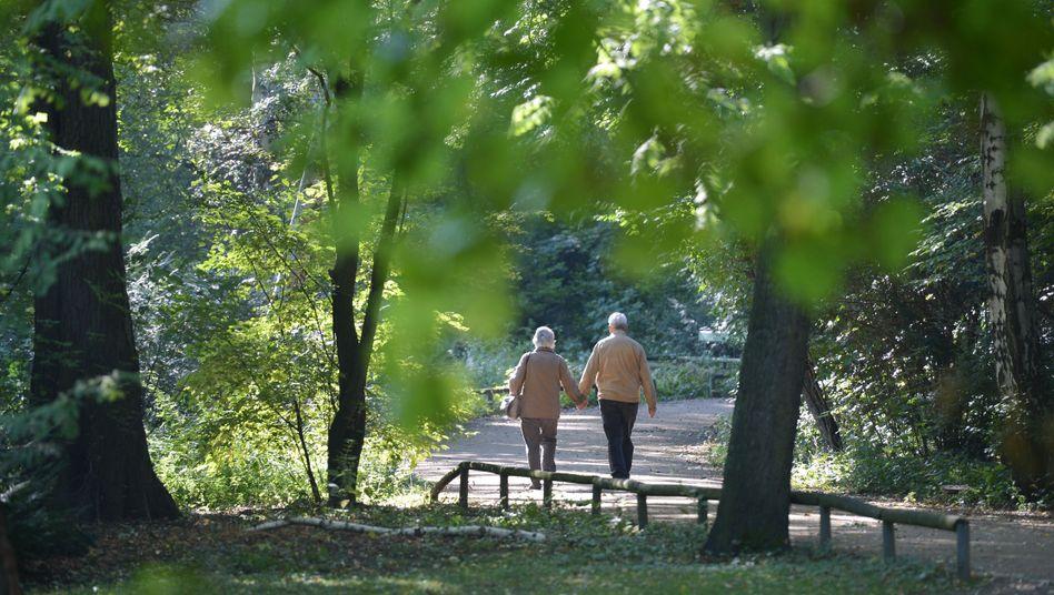 Rentner in Deutschland: Finanziert wird die Reform von Beitragszahlern