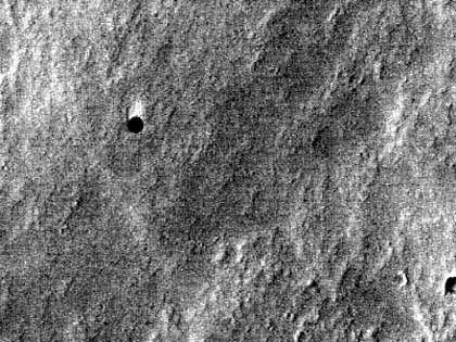 """Schwarzes Loch auf dem Mars: """"Tiefe schwierig zu bestimmen"""""""