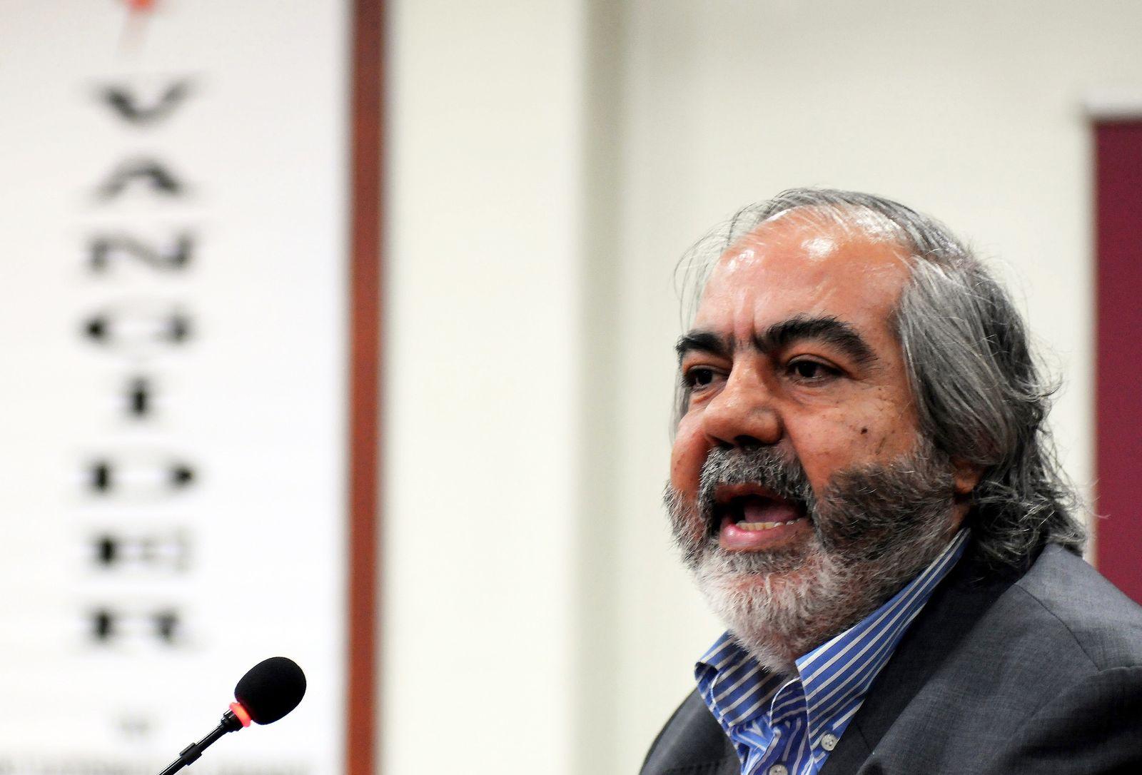 EINMALIGE VERWENDUNG Mehmet Altan
