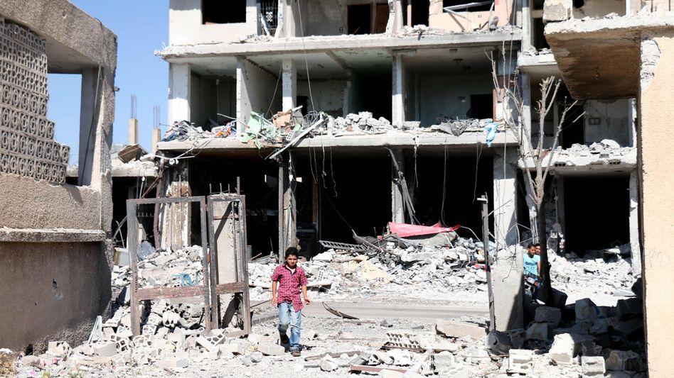 Ruinen in Nawa (Aufnahme vom 11. Juli)