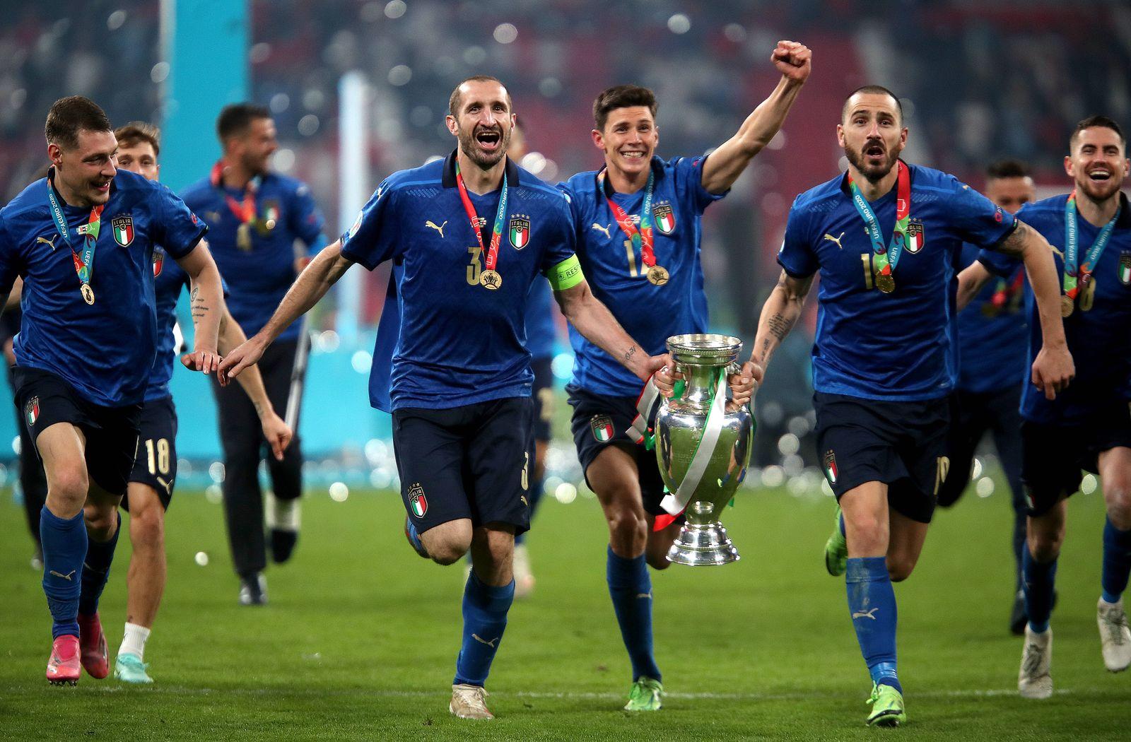 Italy v England - UEFA EURO, EM, Europameisterschaft,Fussball 2020 Final - Wembley Stadium Italy s Giorgio Chiellini and