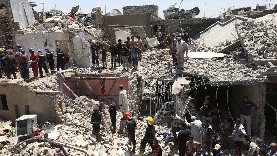 Suche nach Überlebenden in Bagdad: Aus Versehen bombardiert