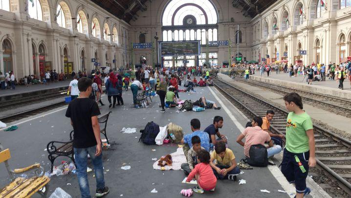 Ostbahnhof in Budapest: Verwirrung, Hoffnung, Chaos