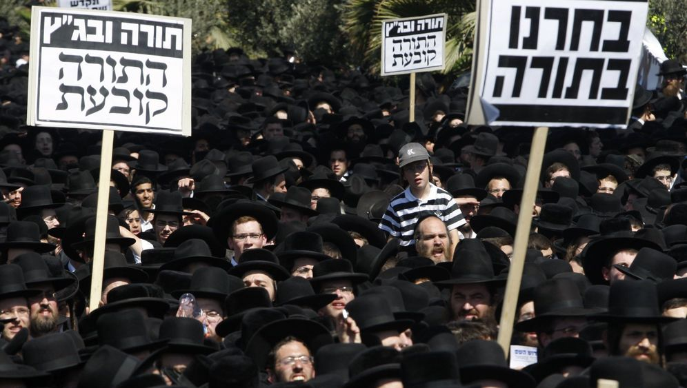 Protest in Jerusalem: Schwarzer Block der Ultra-Orthodoxen
