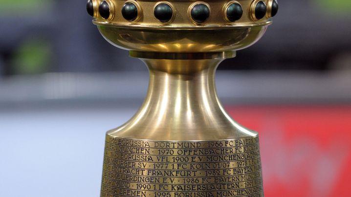 DFB-Pokal: Neuers Glanztat, Dantes Fehlschuss