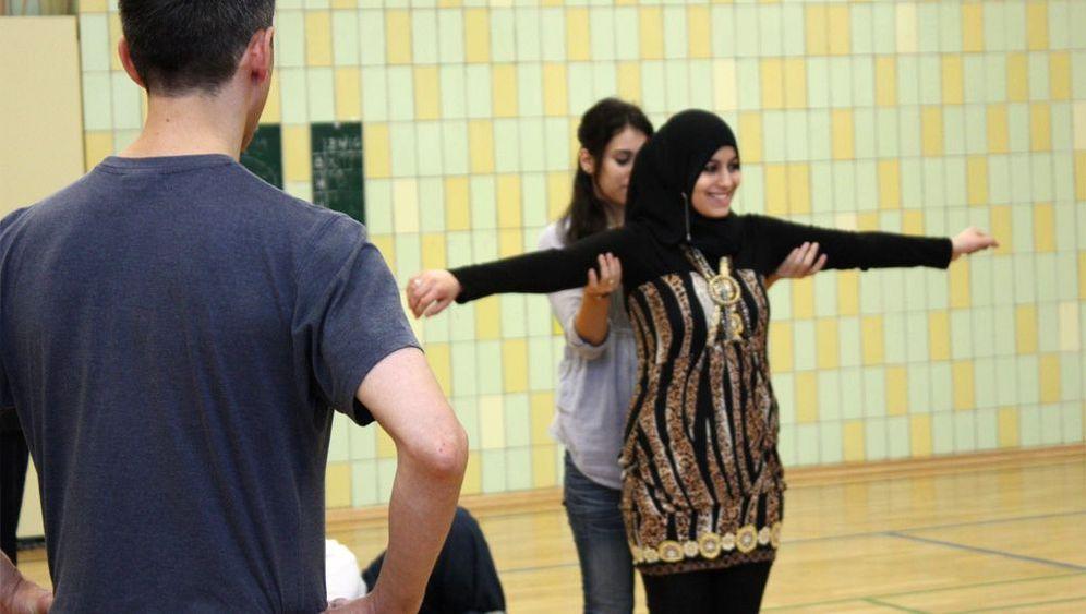 Tanzen für Problemkinder: Hemmungen ablegen, größer werden
