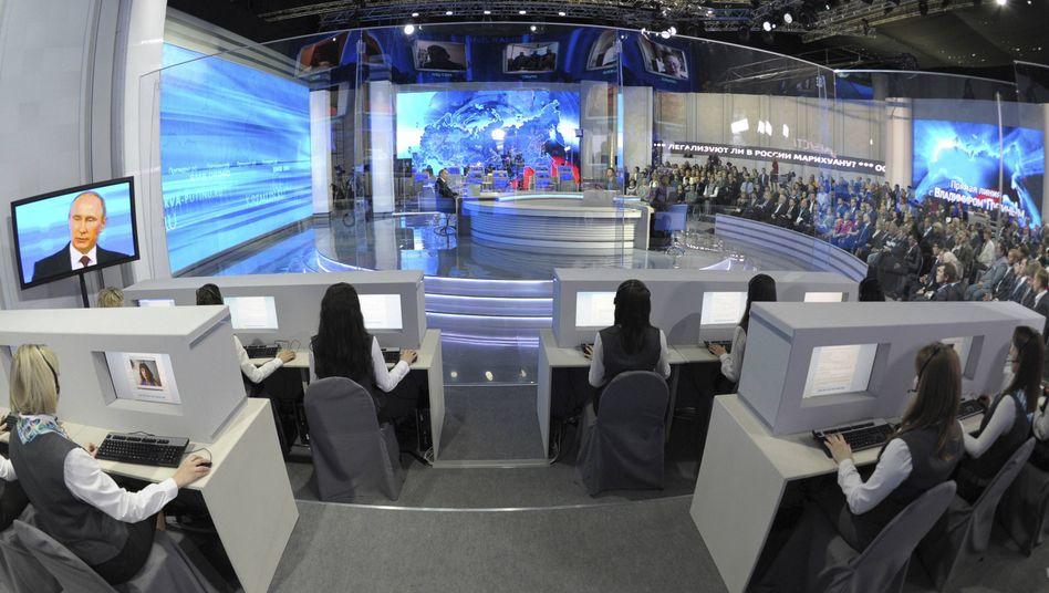Fernsehstudio in Moskau: TV-Offensive gegen Russlands Propaganda