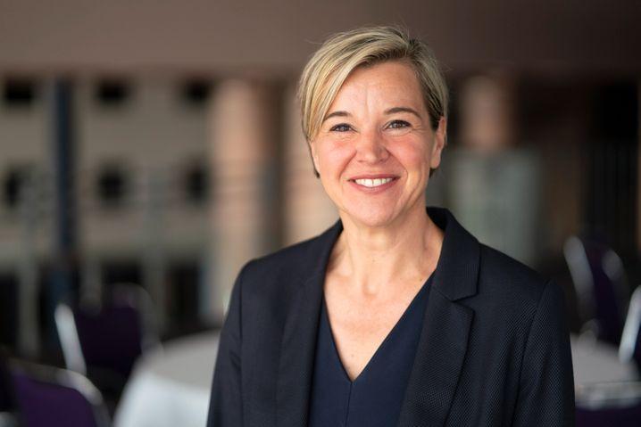 """""""Niemand sollte eine Alleingeburt wagen"""", sagt Andrea Ramsell vom Deutschen Hebammenverband"""