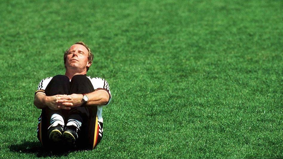 Berti Vogts bei der Euro 1996