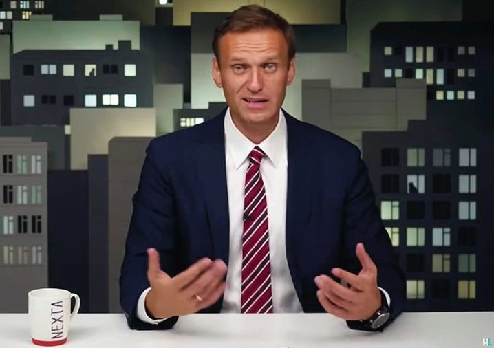 Navalny speaking during his last YouTube broadcast: Seeking the parallels to Belarus