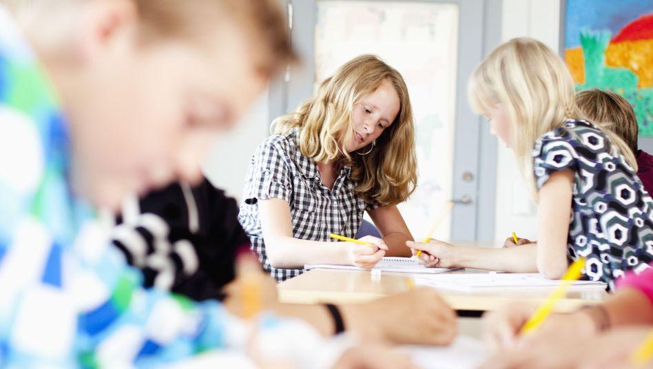 Schule in Schweden: Warum sind Jungs besser als Mädchen?