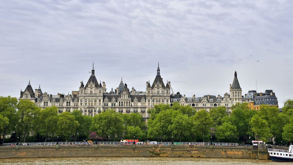 Whitehall Court in London