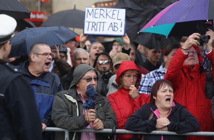 Demonstranten am 3. Oktober in Dresden