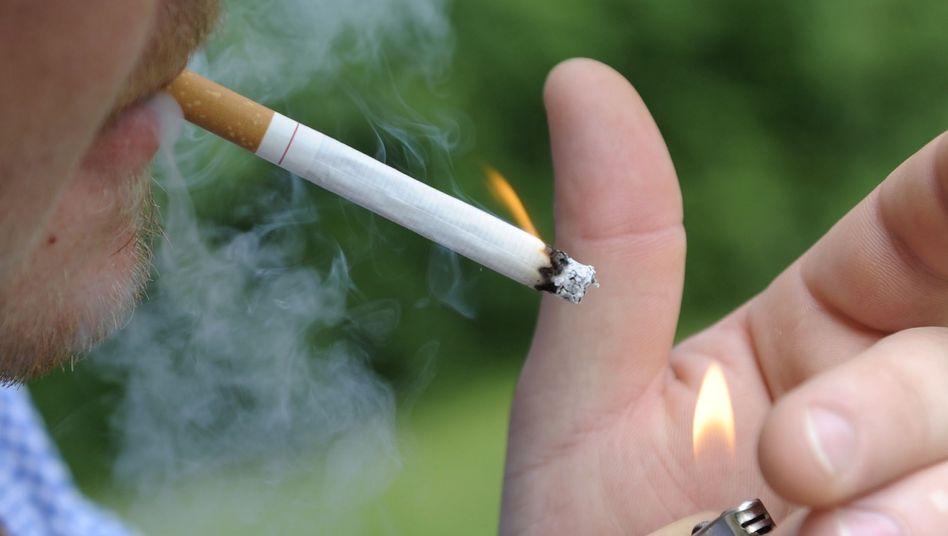 Endlich Schluss mit dem Rauchen: Für viele Nikotinsüchtige ist die Hypno-Therapie der letzte Ausweg