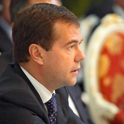 """Medwedew: """"Leider will man auf uns nicht hören"""""""