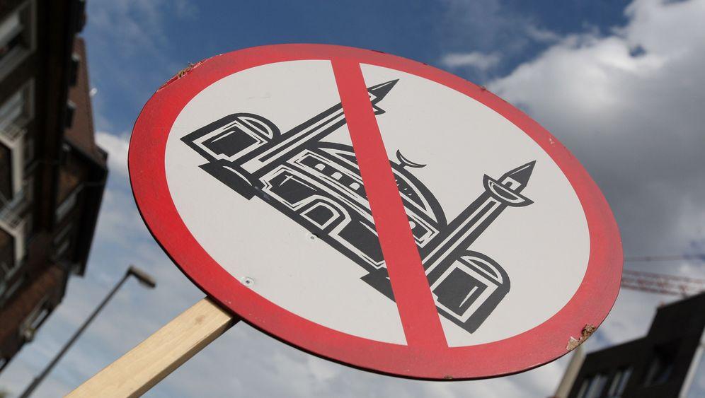 Photo Gallery: Islamophobia in Germany