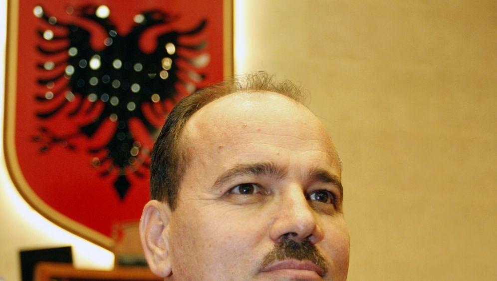 """Vorwürfe gegen Albaniens Regenten: """"Wahlfälschung und Korruption"""""""