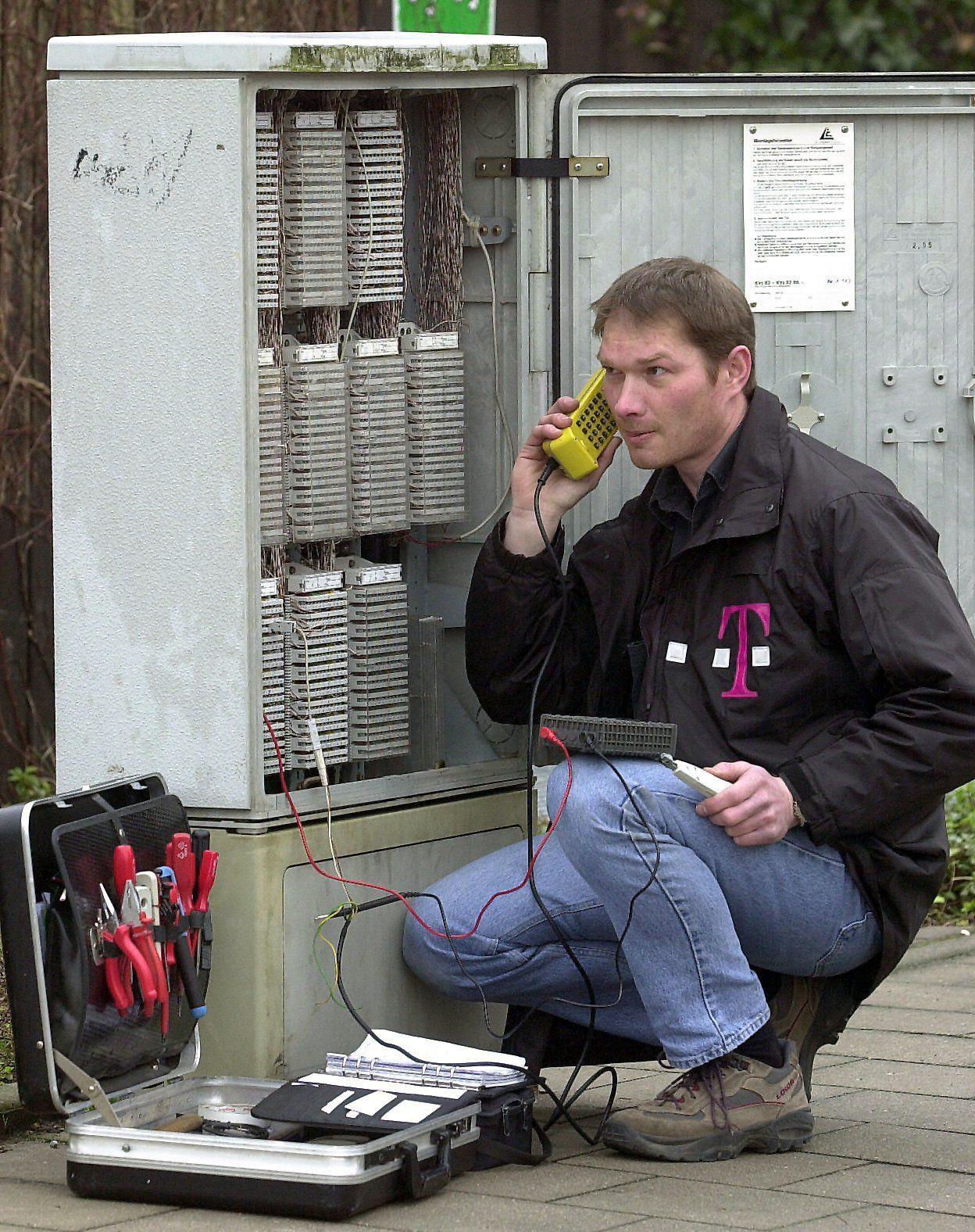 Kabelverzweiger/ Telekom Festnetz