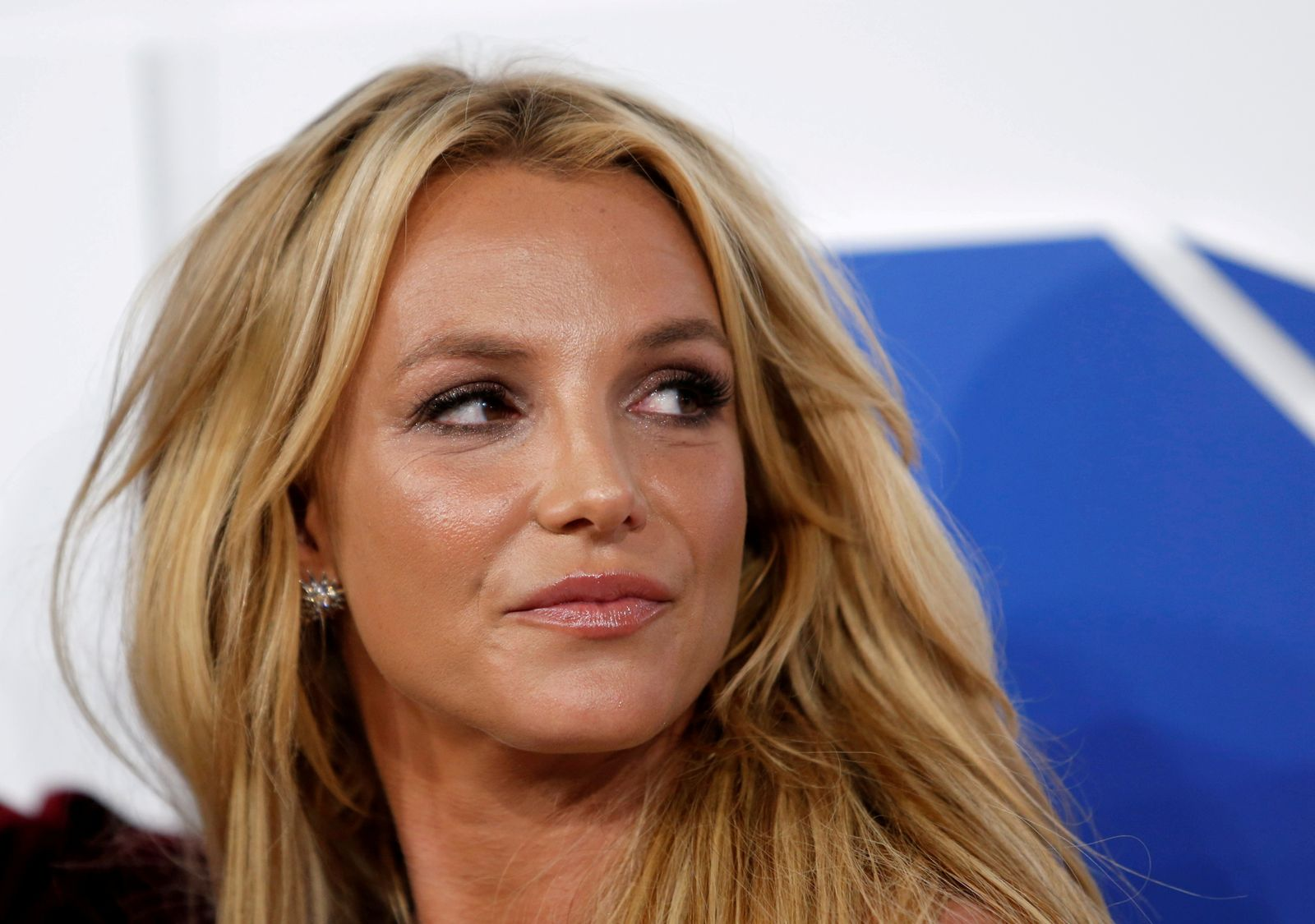 FILE PHOTO: Britney Spears arrives at the 2016 MTV Video Music Awards in New York