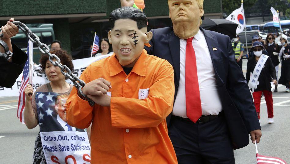 Südkoreanische Protestdemonstration gegen den Besuch von US-Präsident Trump in Seoul