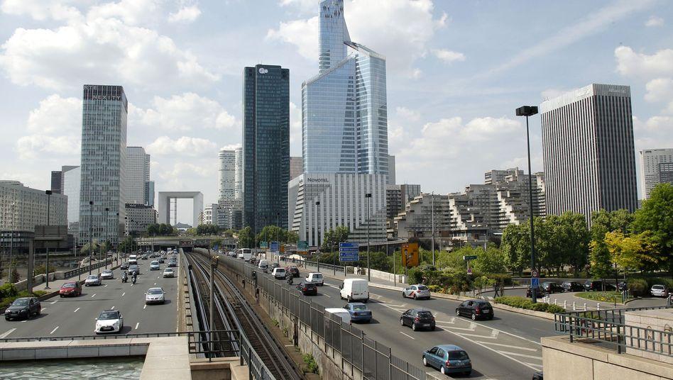 Pariser Geschäftsviertel La Défense: Schuldenkrise erschüttert Frankreichs Finanzkonzerne