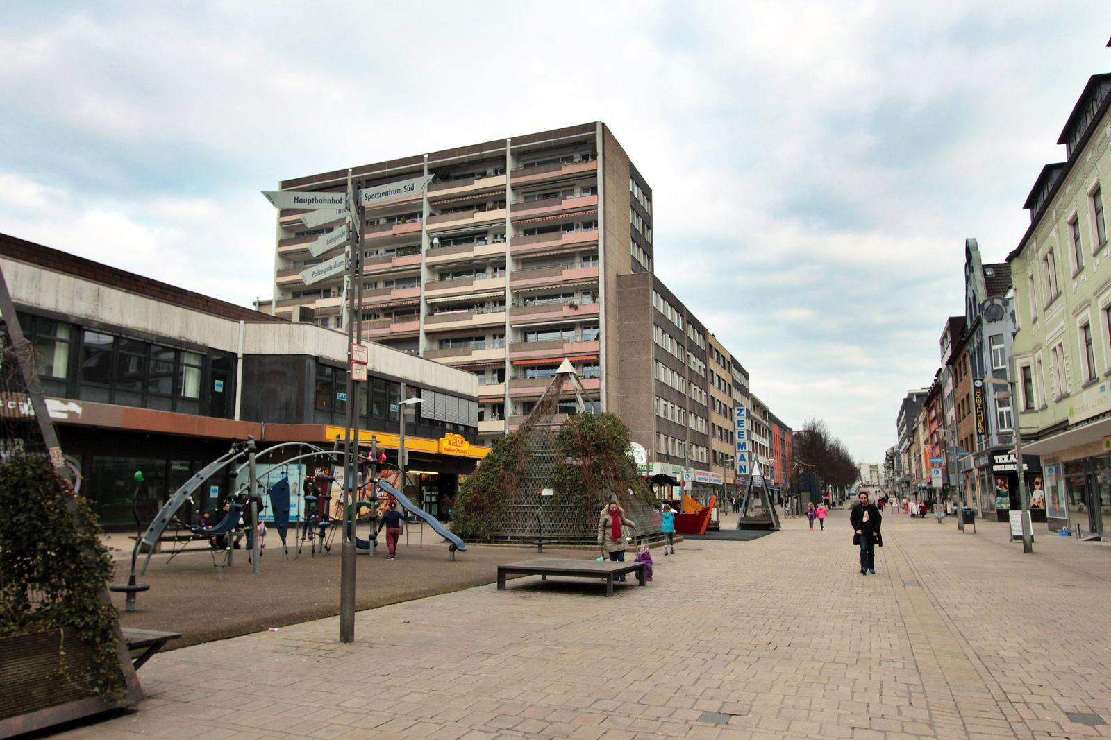 EINMALIGE VERWENDUNG Einkaufsstraßen Verödung