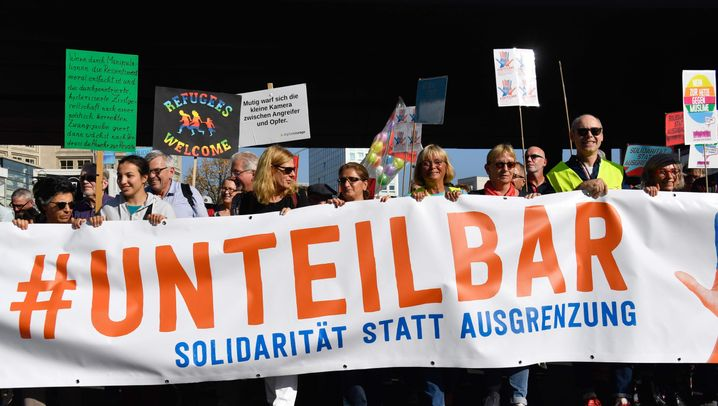 #unteilbar: Protest gegen Rassismus und Ausgrenzung