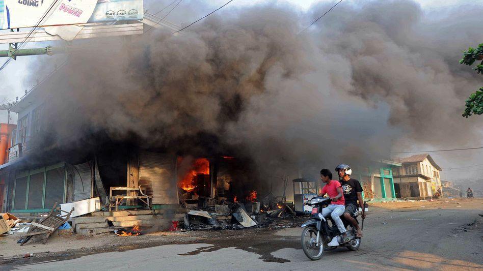 Ausschreitungen gegen Muslime (in Meiktila): Unruhen in Burma gehen weiter