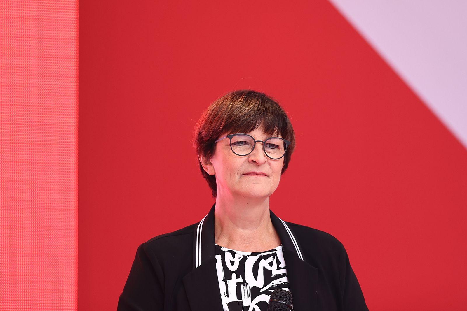 Wahlkampfabschluss der SPD in Nordrhein-Westfalen