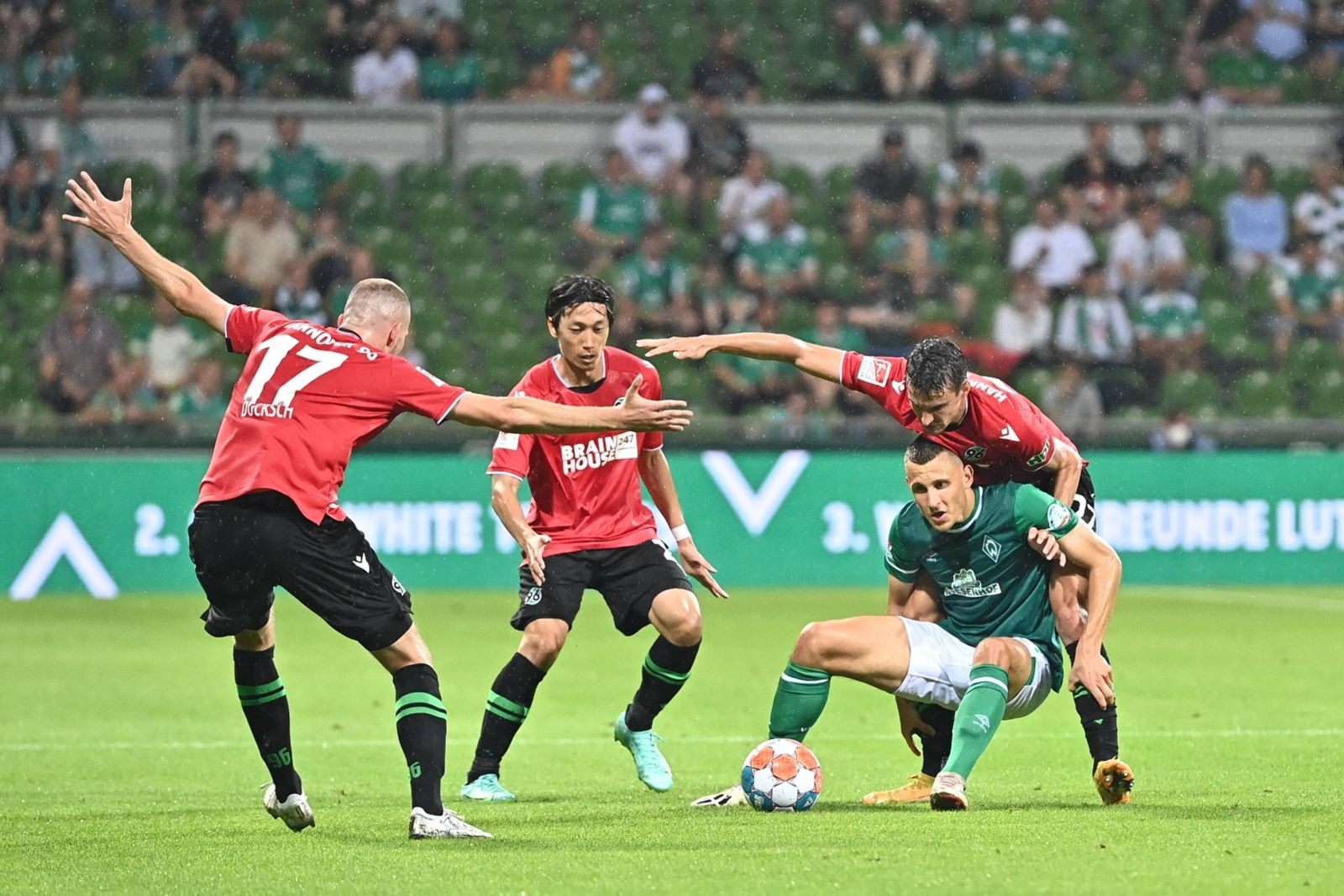 GER, 2.FBL, SV Werder Bremen vs Hannover 96 / 24.07.2021, wohninvest Weserstadion, Bremen, GER, 2.FBL, SV Werder Bremen