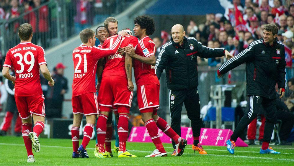 Bundesliga: Bayern souverän, Dortmund patzt